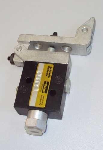 Válvula pneumática (modelo: 5110-3140-00)